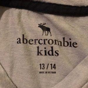 abercrombie kids Shirts & Tops - Abercrombie Kids Short Sleeve Pocket Tee
